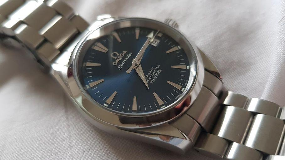 You will find in this article some alternatives to the Omega Seamaster Aqua Terra watch that will accommodate all budgets and that are available immediately for sale on eBay.