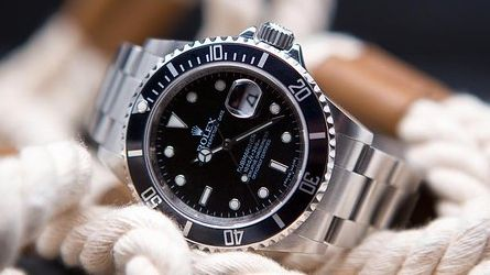 You will find in this article some alternatives to the Rolex Submariner watch that will accommodate all budgets and that are available immediately for sale on eBay.